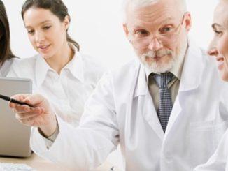 1488189428SJNBAP_medical,team,old-doctor