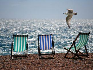Oh I do like to be beside the sea side