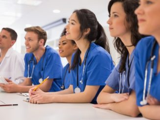 Record numbers applying to study medicine at university, figures show